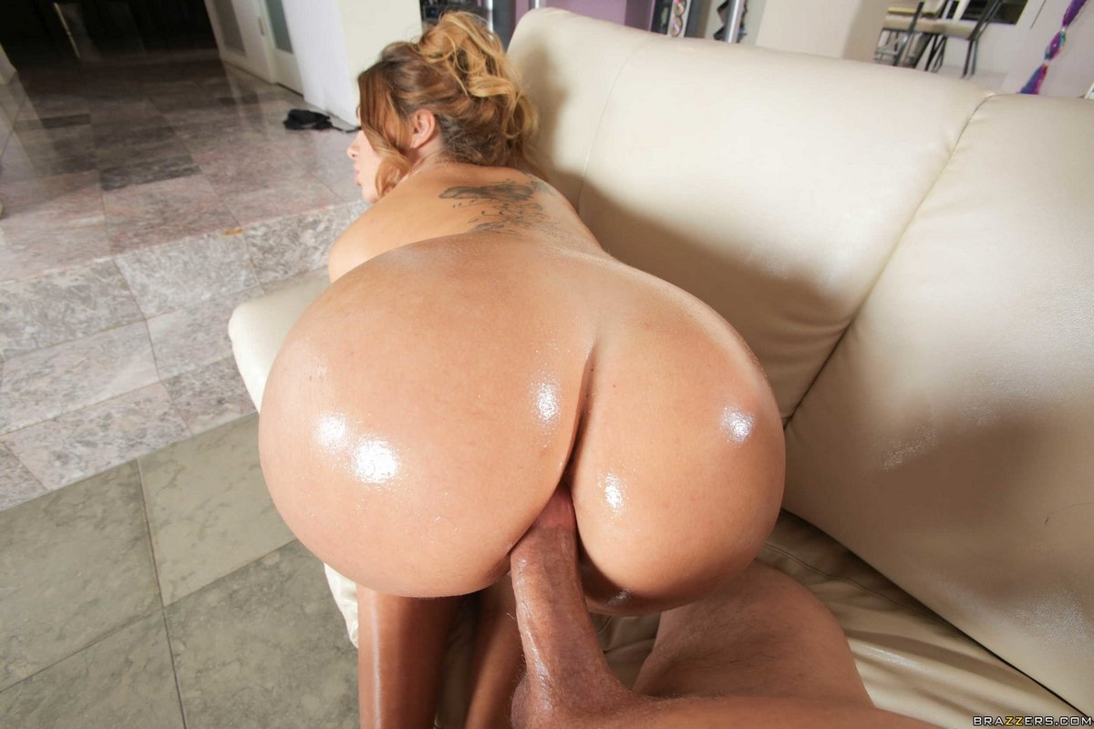 Big Tits Round Ass Stockings