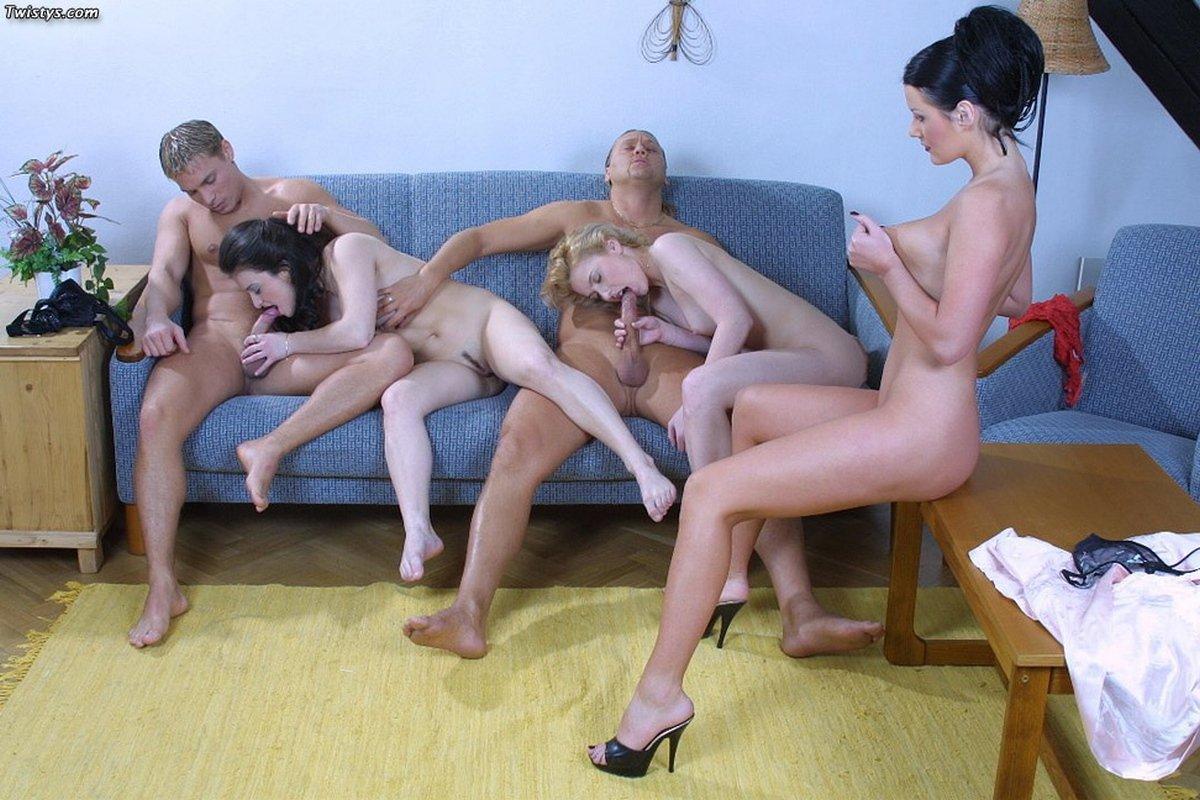 Групповой порнуха с тремя дамочками