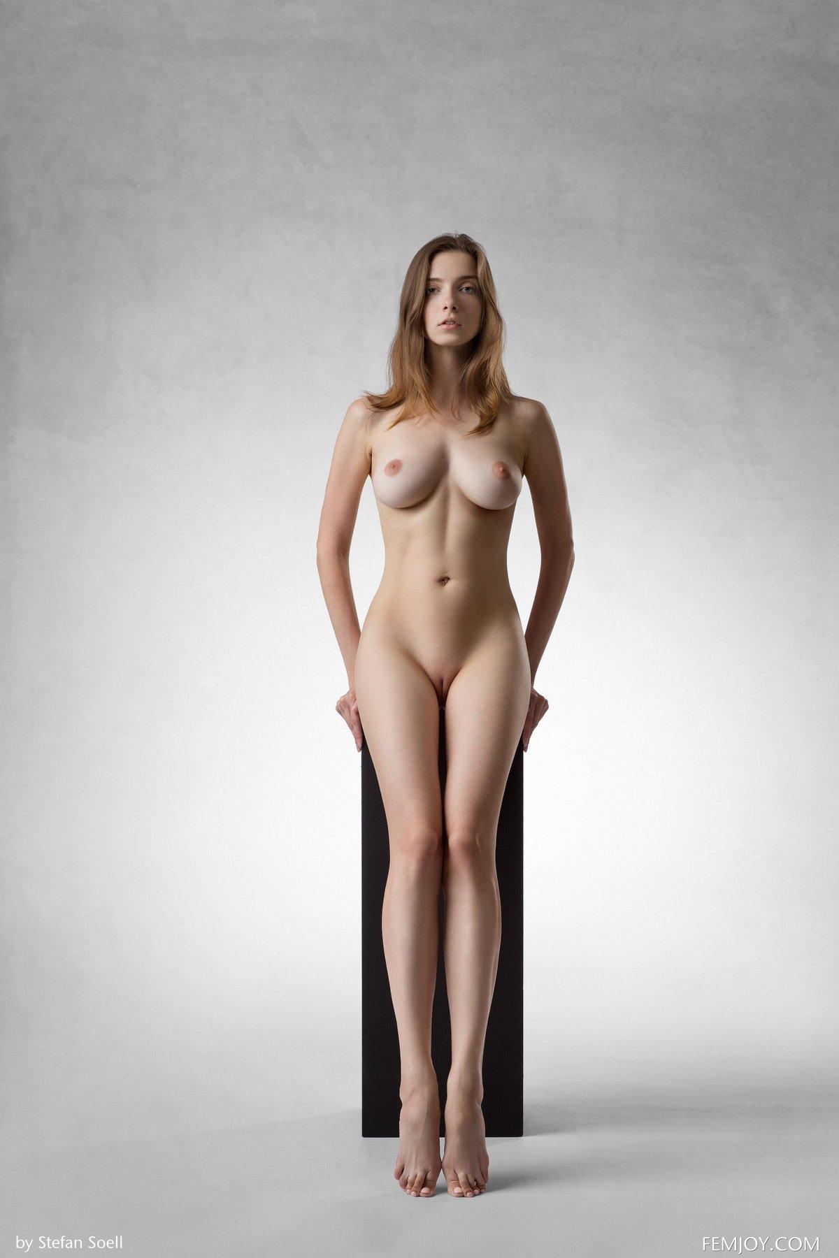 Голые с идеальным телом 10
