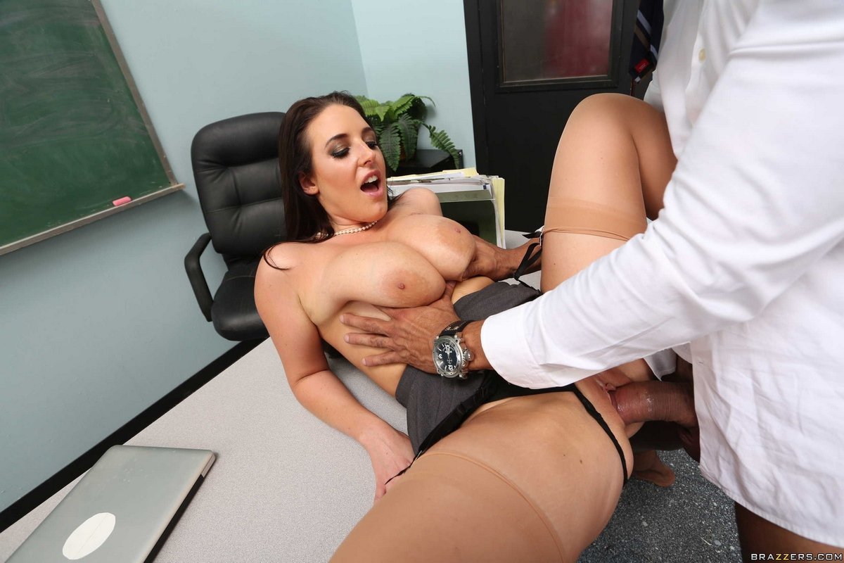 Лучшие порно ролики про секретарш — pic 11