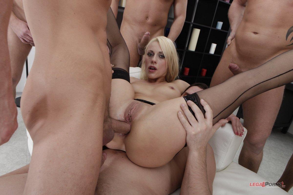porno-orgiya-2-proniknovenie