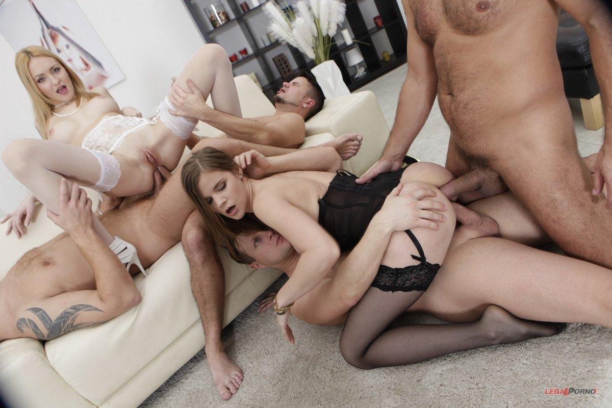 Порно с двумя молодыми