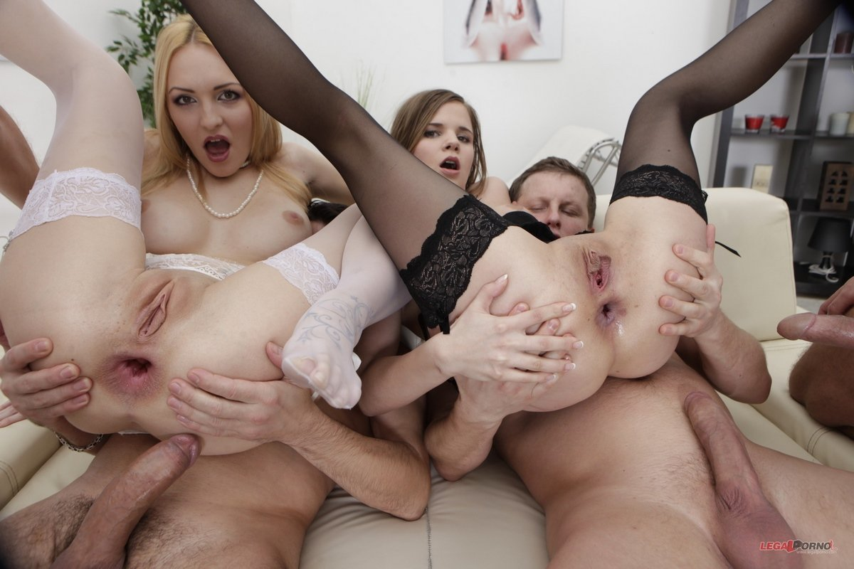Фото анала с двумя, Анальный секс фото, лучшее порно в попку в картинках 15 фотография