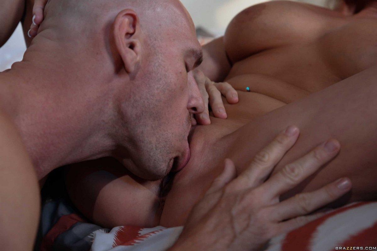 Красивый секс светловолосые девки с тату на жопе