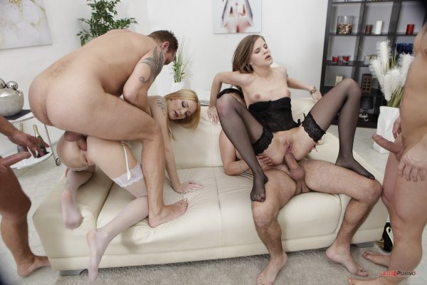 Classy Belle Claire Leaves Her Pearls On For This Hot Interracial Ass Hclips 1