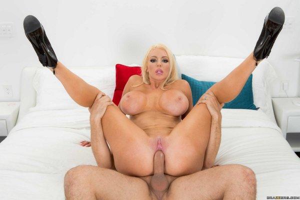 Порно звезда nicolette shea