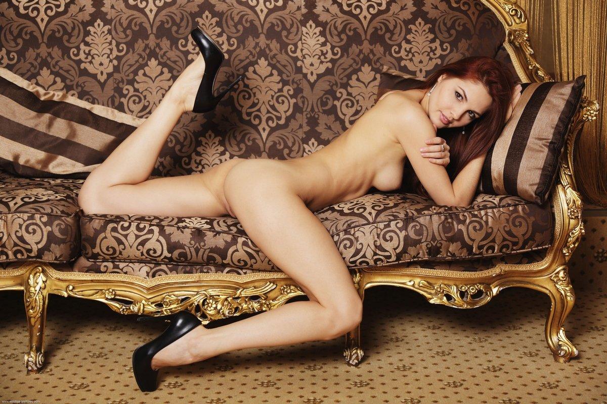 Модель Alise Moreno в фотосете Claro