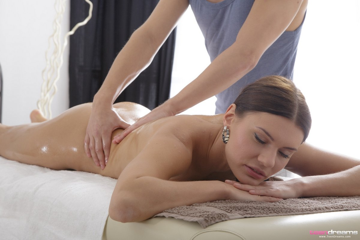 Секс массаж русским девушкам