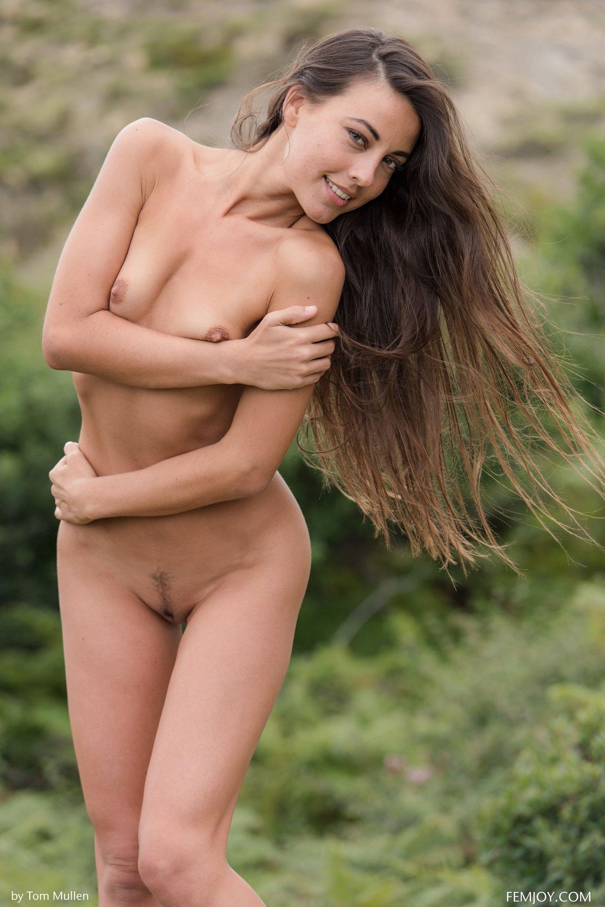 Lorena nude nude scene
