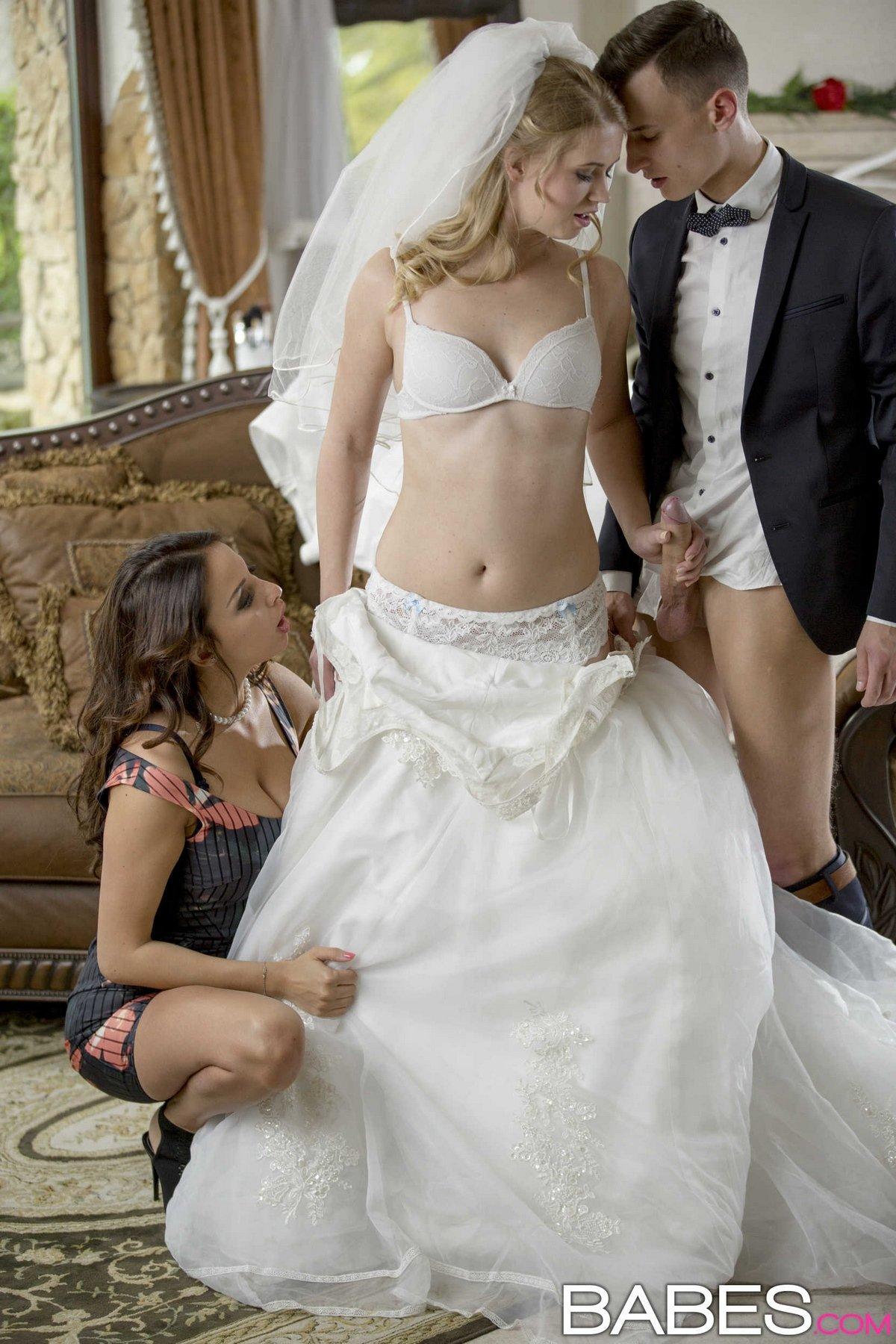 Порно видео невеста в чулках