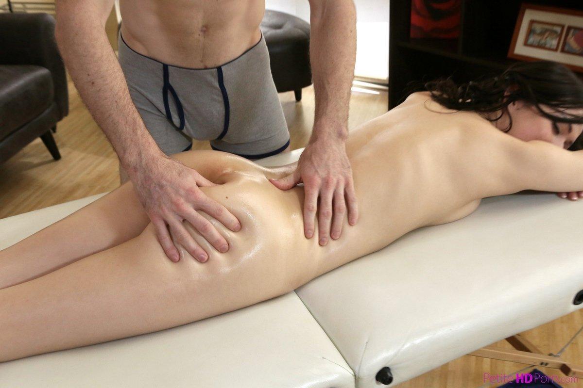 Порно массаж интимных зон без регистрации