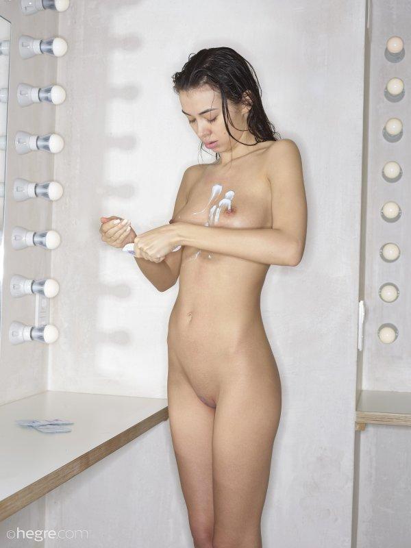 фото голых девушек с болшими