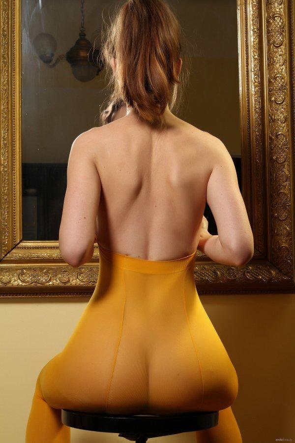 голые девушки порно фото большие жопы