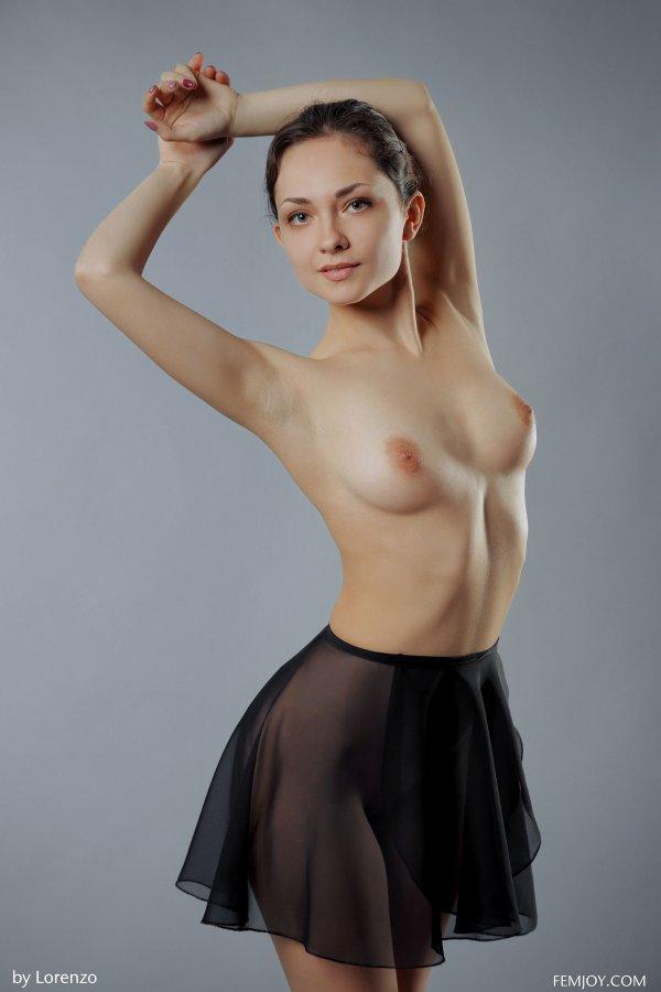 голые девушки порно фотки