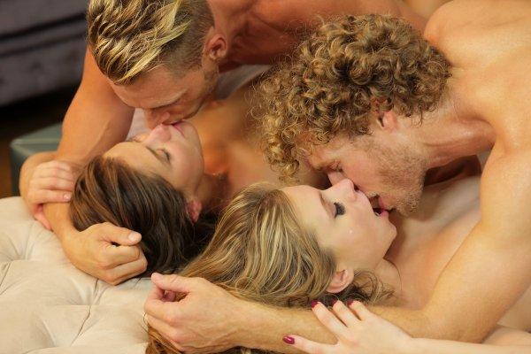 Фото секс юних