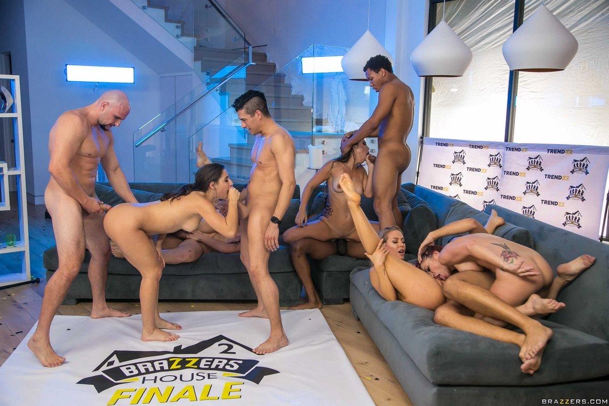 Мужики порноактеры 2011 года