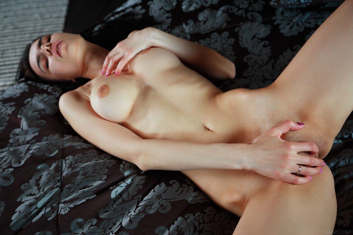 chuvstvennaya-masturbatsiya