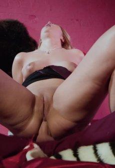 Профессиональное порно анал в шестером