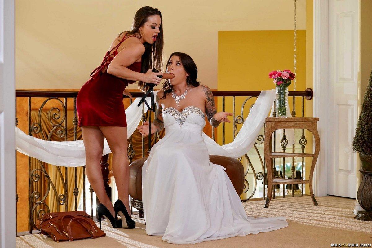 Подружка Трахнула Невесту Страпоном На Свадьбе