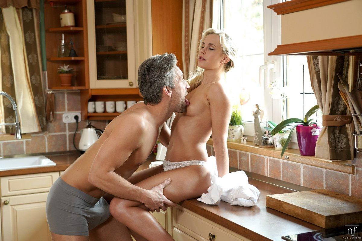 Секс На Кухне Бесплатно