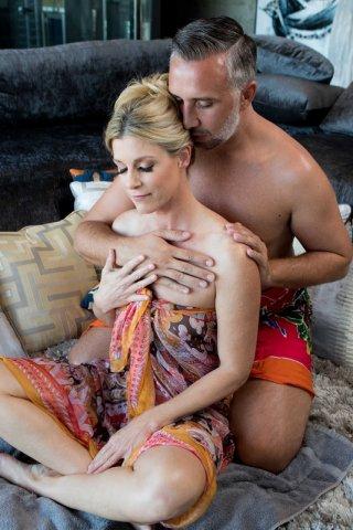 вчера посмотрел Сайт с видео русских лесбиянок такие фотки