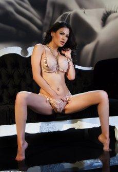 Онлайн порно моделей пентхауса с большими сиськами — photo 2