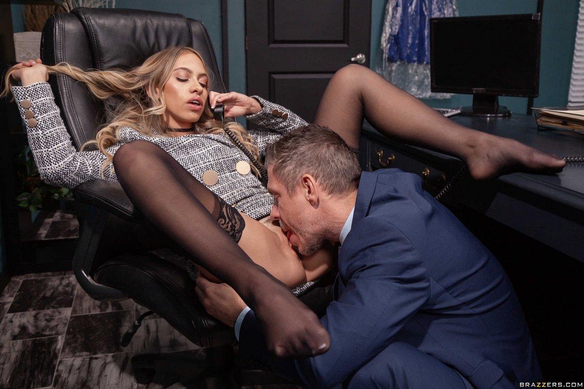 Секс-Испытание Для Секретарши